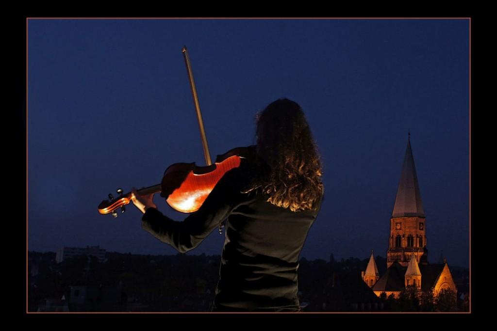 BÄRBEL CARDENEO Eine Kleine Nachtmusik (Wolfgang Amadeus Mozart)
